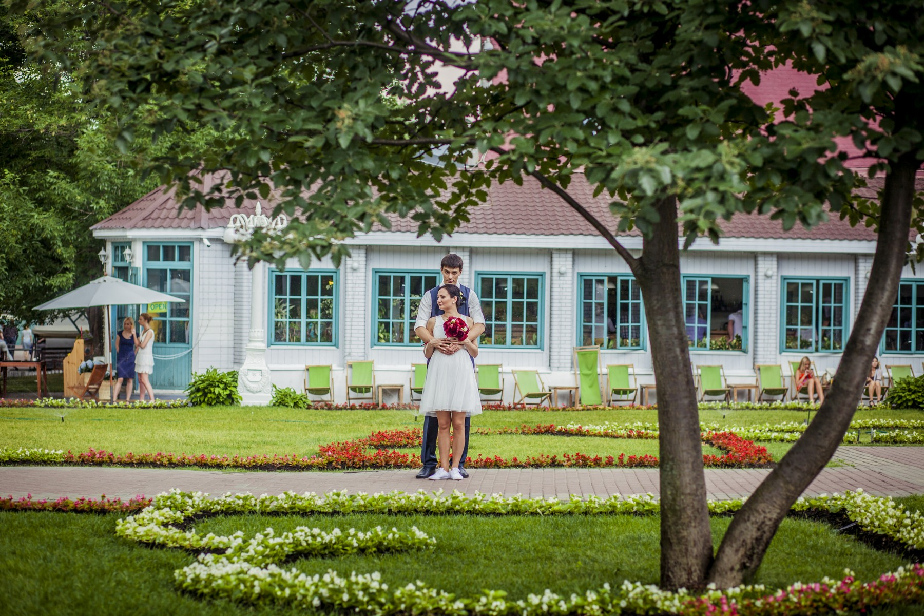 Профессиональный свадебный фотограф, это психолог, и друг молодоженам