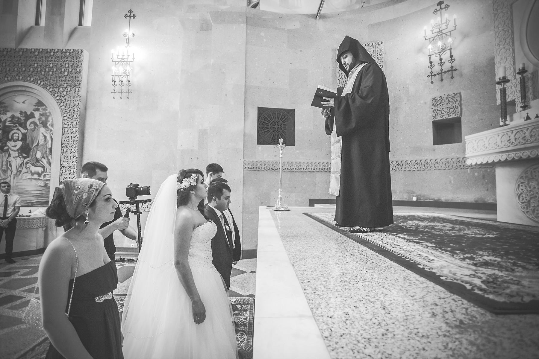 свадьба с венчанием в москве